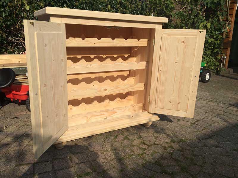 Timmerwerk richard smits onderhoudsbedrijf - Trap meubilair kind ...